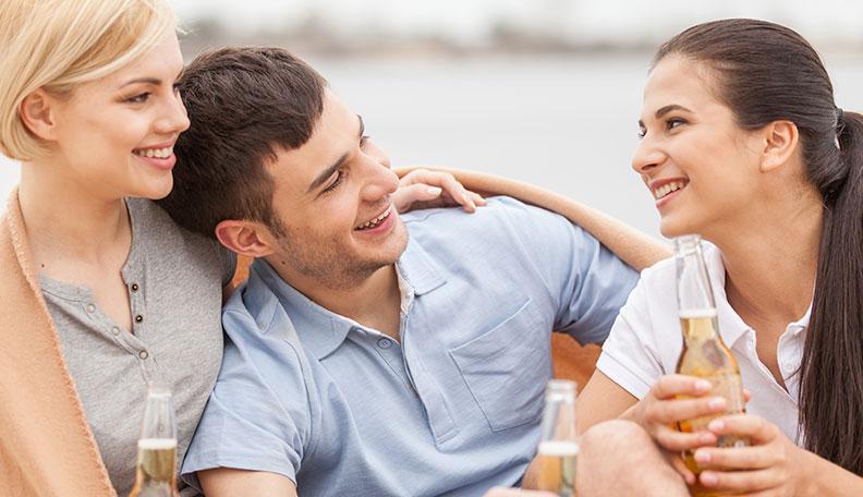 Что делать, если подруга флиртует с моим мужем?
