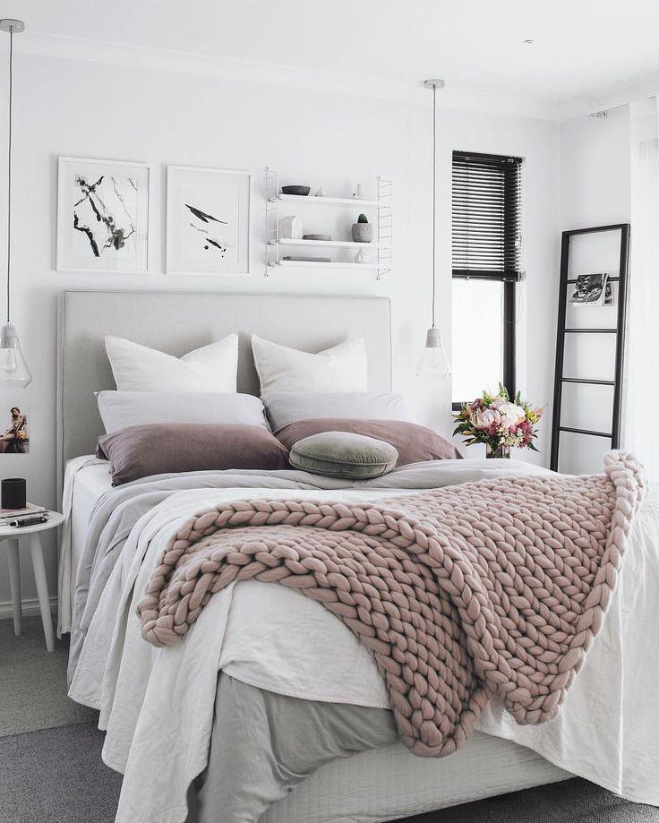Покрывало в спальню вязаное