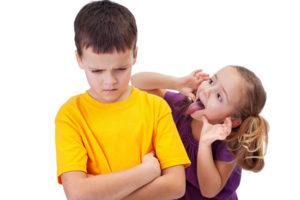 Как делать замечания чужим детям?