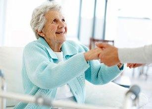 Уход за пожилыми родителями и престарелыми людьми - сиделка, интернат, частный пансионат?
