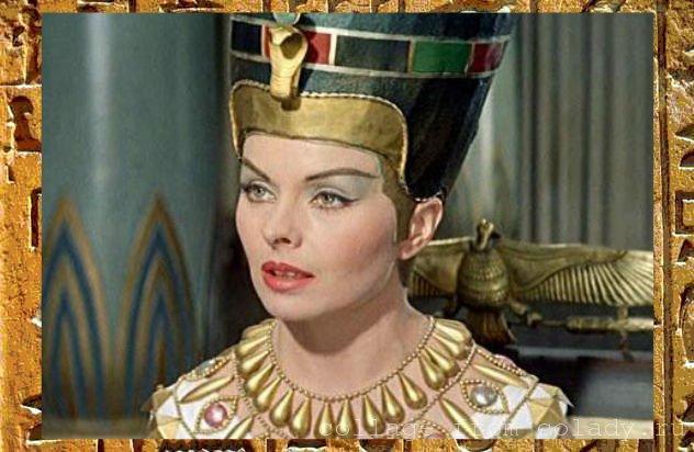 """Кадр из фильма """"Нефертити, королева Нила"""""""