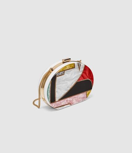 Стильный клатч из Zara