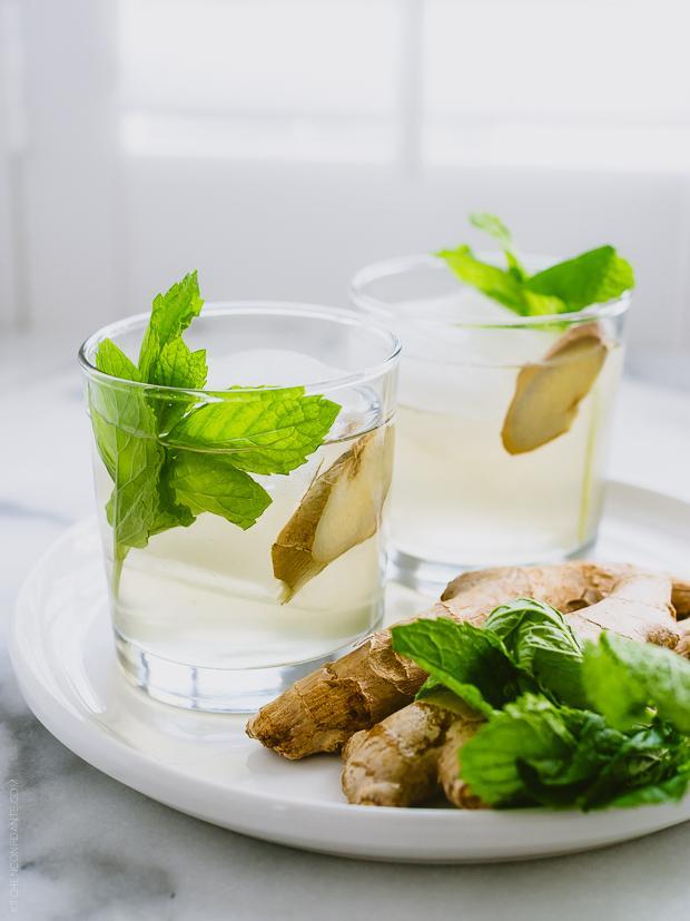 Детокс вода с имбирем и мятой