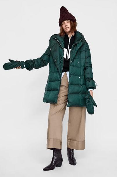 Изумрудное пальто-пуховик