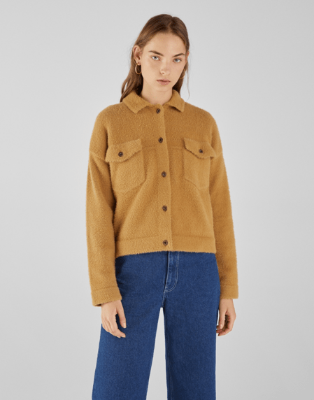 Куртка верблюжьего цвета