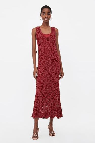 Платье A-силуэта