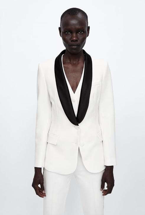 Белоснежный смокинг из Zara