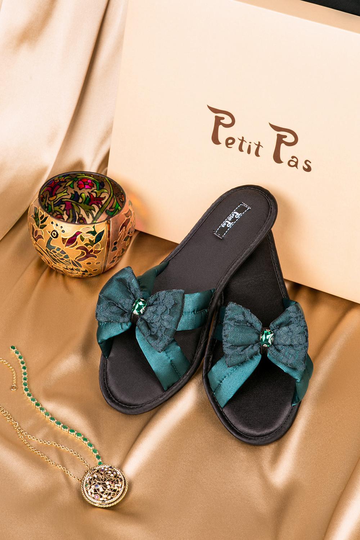Обувь с зеленым бантом Petit Pas