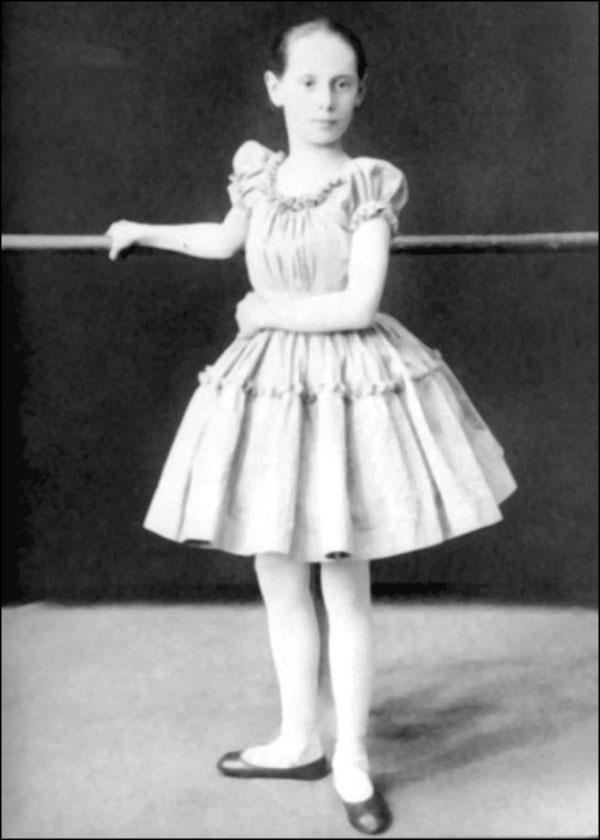 Анна Павлова в детстве