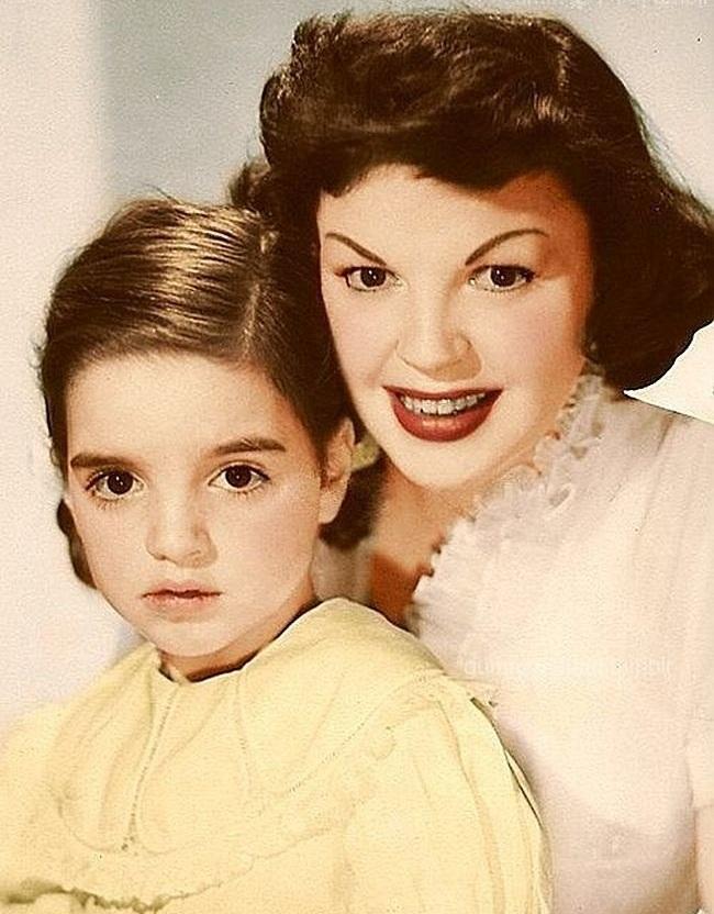 Лайза Минелли с матерью