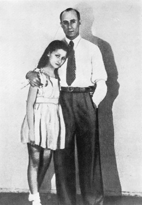 Майя Плисецкая с дядей