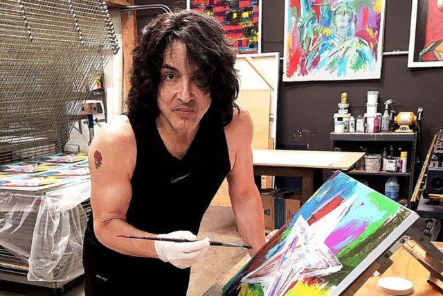 Пол Стэнли рисует