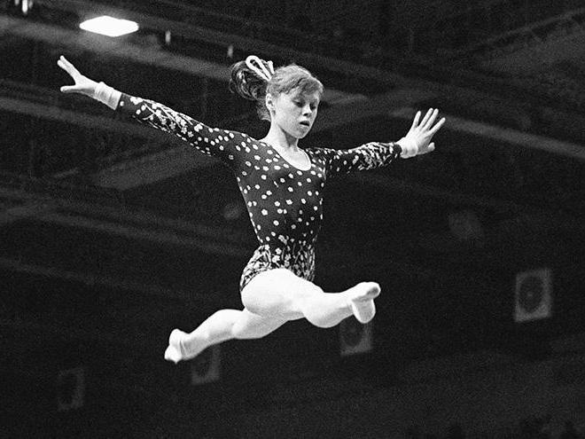 Прыжок Елены Мухиной
