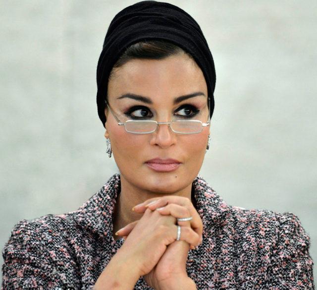 Шейха Моза бинт Насер аль Миснед2