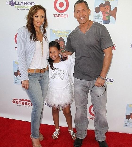 Лиа Ремини с семьей