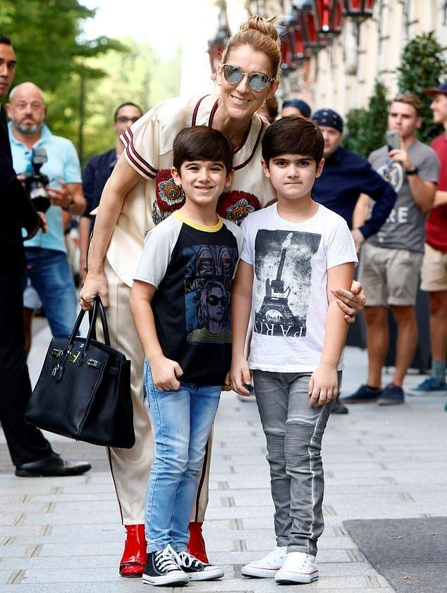 Селин Дион с детьми11