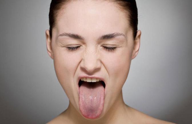 Упражнение для лица и шеи
