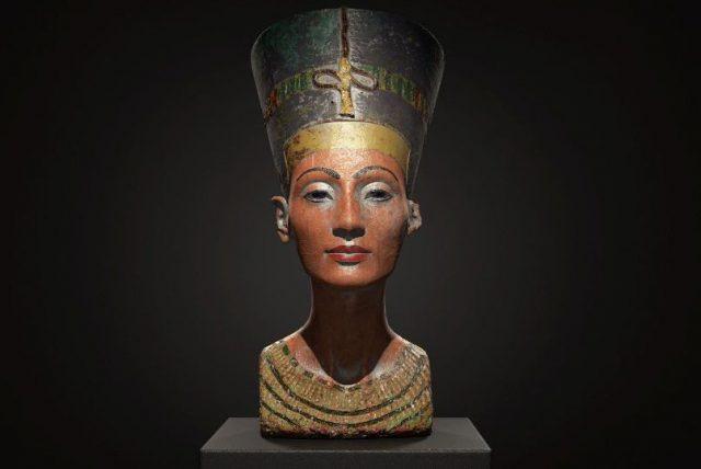Царица Нефертити