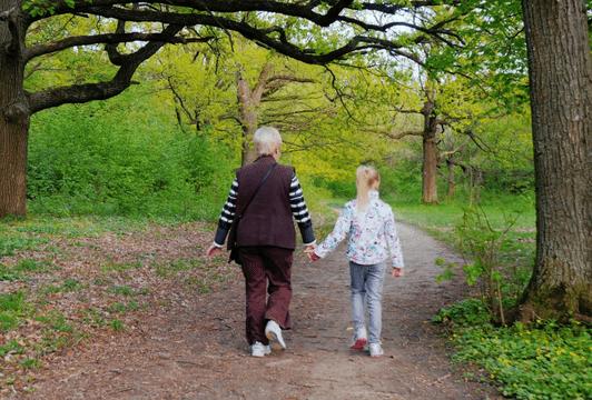 Причины конфликтов молодых семей и бабушек