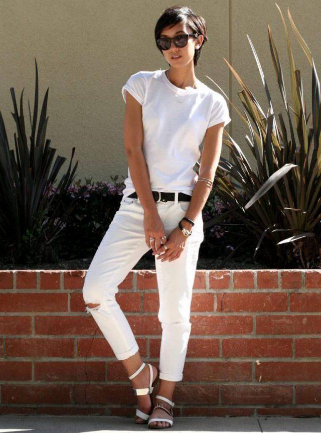 Белая футболка + белые джинсы
