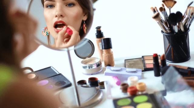 Что подарить из уходовой косметики