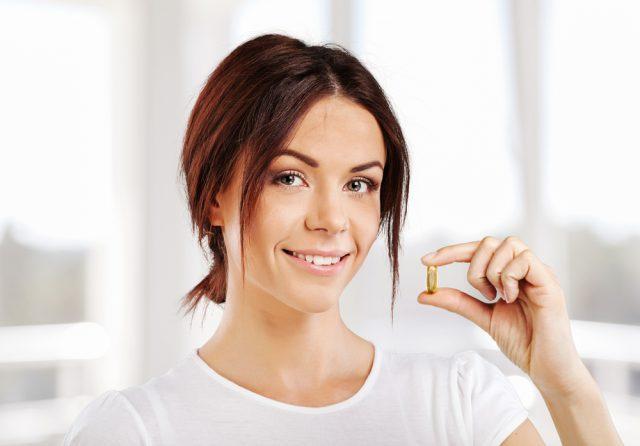 Витамины и БАДы для женщин после 40 лет - рейтинг лучших