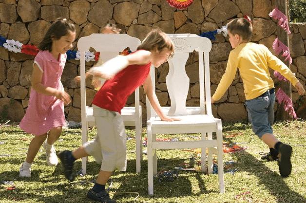 «Лишний стул»