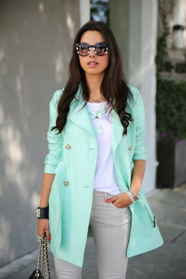Как носить и с чем сочетать одежду мятного цвета