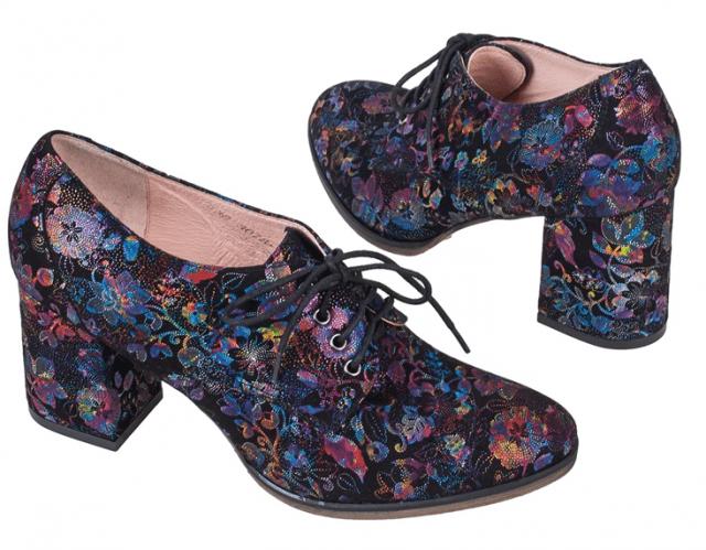 Цветные модели туфлей