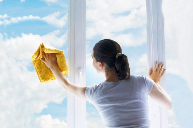 Как и чем отмыть пластиковые окна – лучшие средства для рам и подоконников