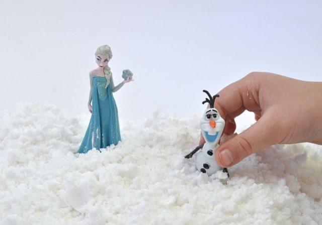 Искусственный снег для лепки