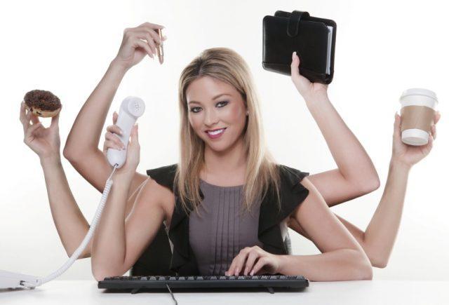 Как работают настоящие женщины
