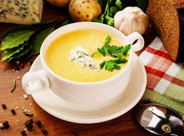 Сырный суп с бобовыми