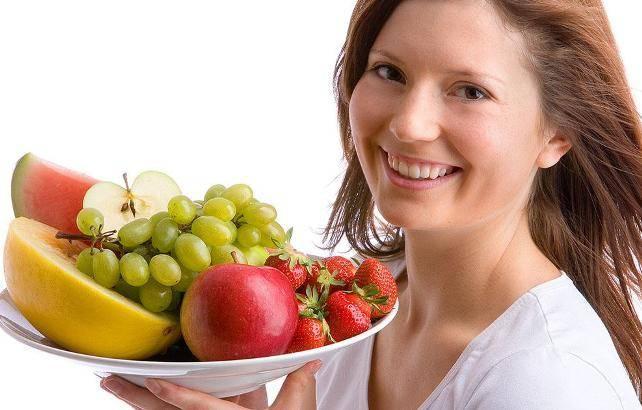 Как правильно есть фрукты