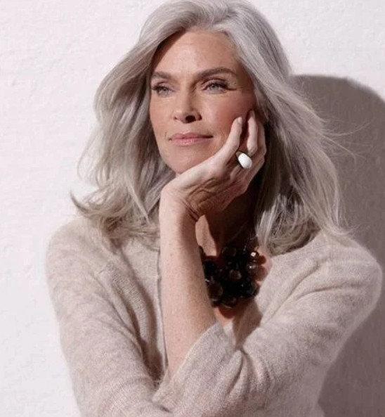 Календарь красоты женщины после 60 лет