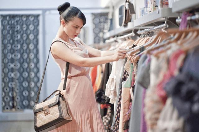 В какие магазины не ходят богатые женщины