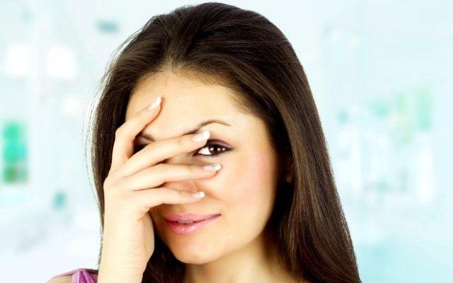 Как определить что женщина врет по мимике