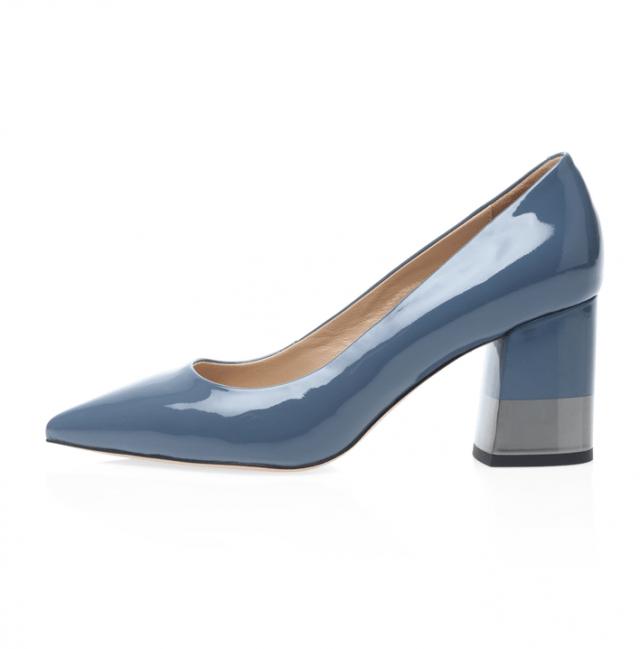 Красивая обувь с удобными колодками