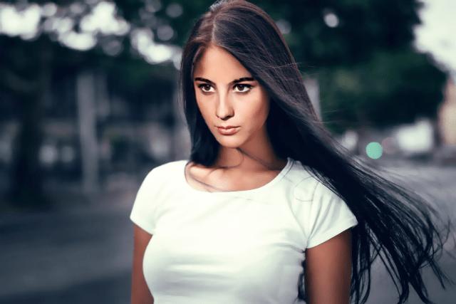 Нина из «Кавказской пленницы»4