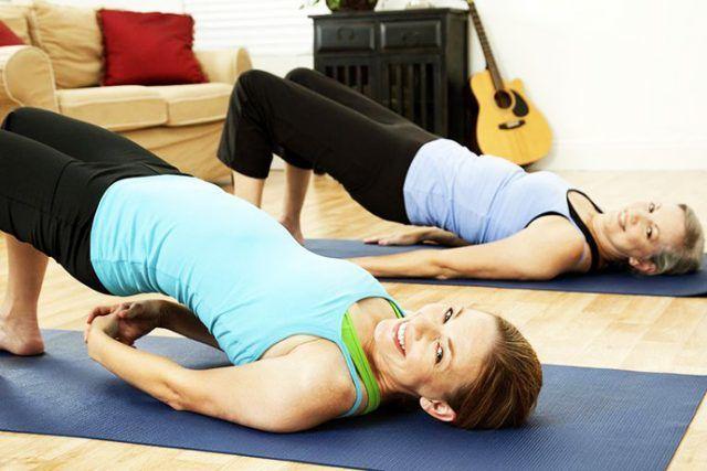 Упражнения от вдовьего горбика
