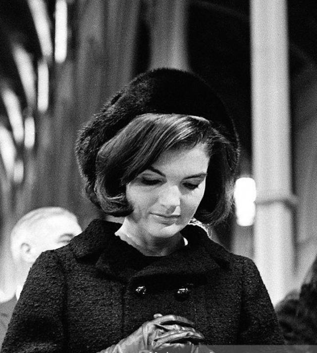 Лучшие образы Жаклин Кеннеди