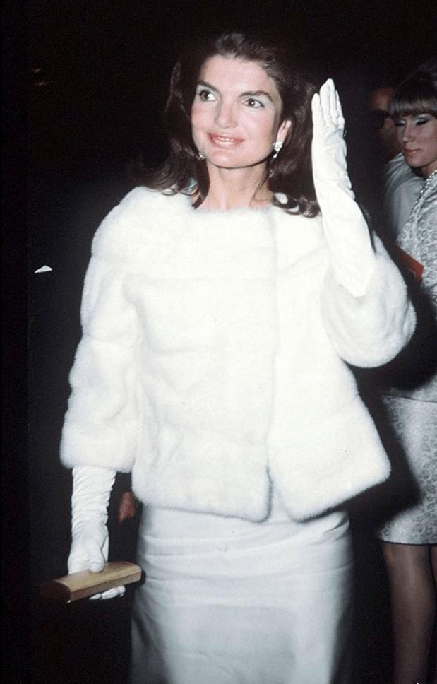 Лучшие образы Жаклин Кеннеди12