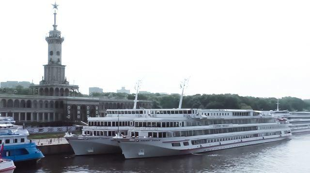 Москва — Санкт-Петербург1