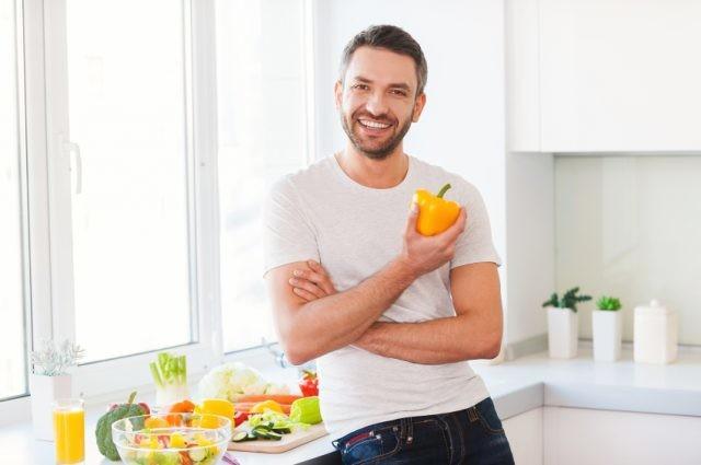 Чем накормить любимого мужчину к празднику - 6 продуктов, повышающих тестостерон