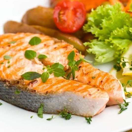 Жирная рыба и морепродукты для мужского здоровья