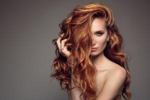 Профессиональный, бытовой или компактный: выбираем фен для волос