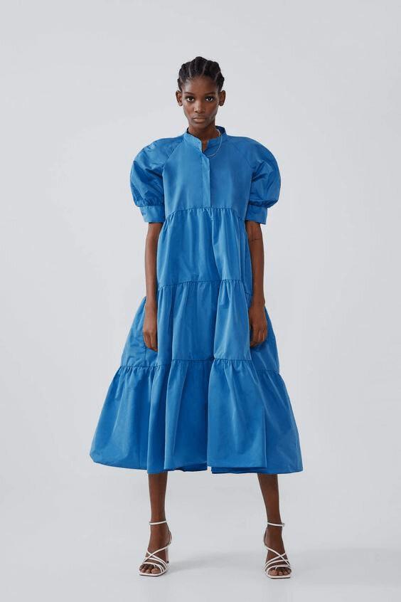 голубое платье-парашют