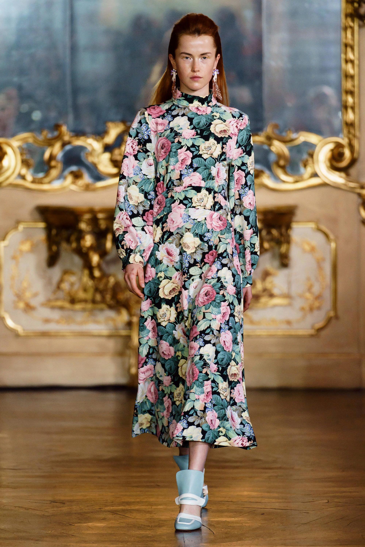 Как носить «бабушкины» вещи: ридикюль, рубашку Пьеро, туфли «мэри джейн» и другие