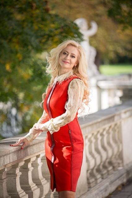 Юлия Ланске – эксперт по построению отношений с успешными мужчинами