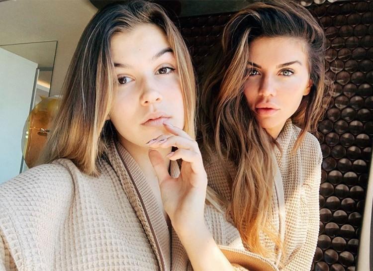 Анна Седокова и дочь